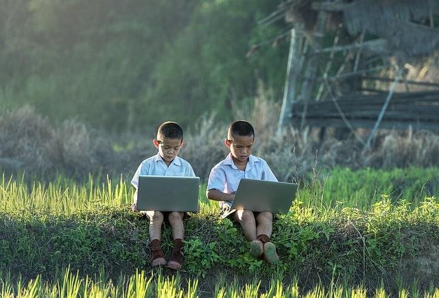 children enjoy making web stories